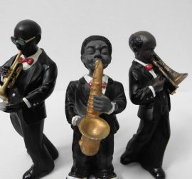 Figurines d'un groupe de jazz en parostone